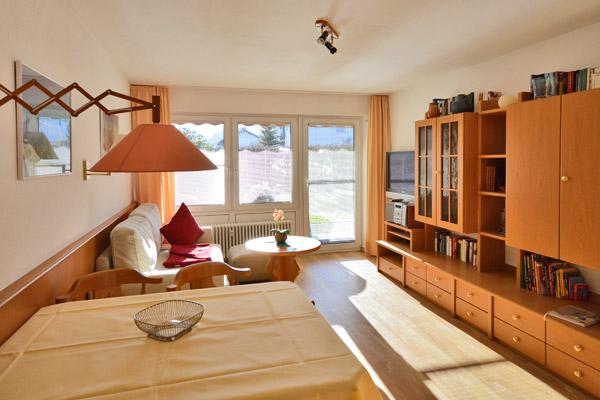 ferienwohnung 14 02 panorama ferienwohnung mit hallenbad. Black Bedroom Furniture Sets. Home Design Ideas